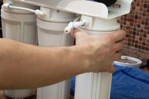 Changing Osmosis Filter